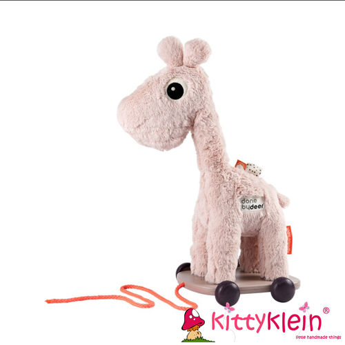 Pull along Raffi Powder done by deer | kittyklein®